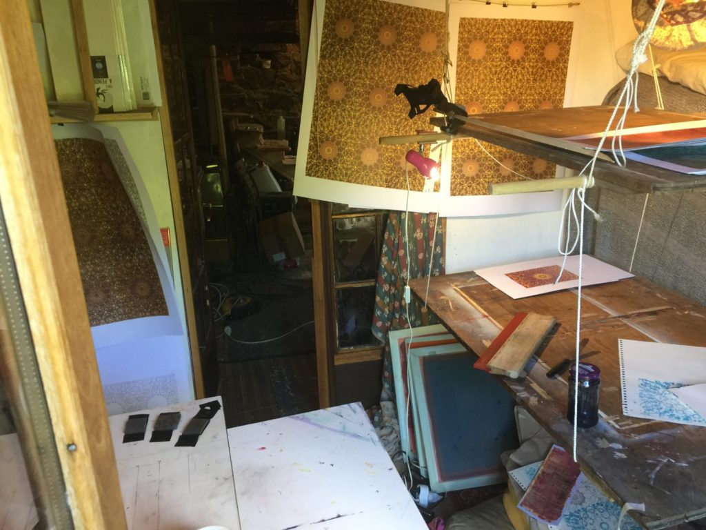 Screen Printing in small spaces